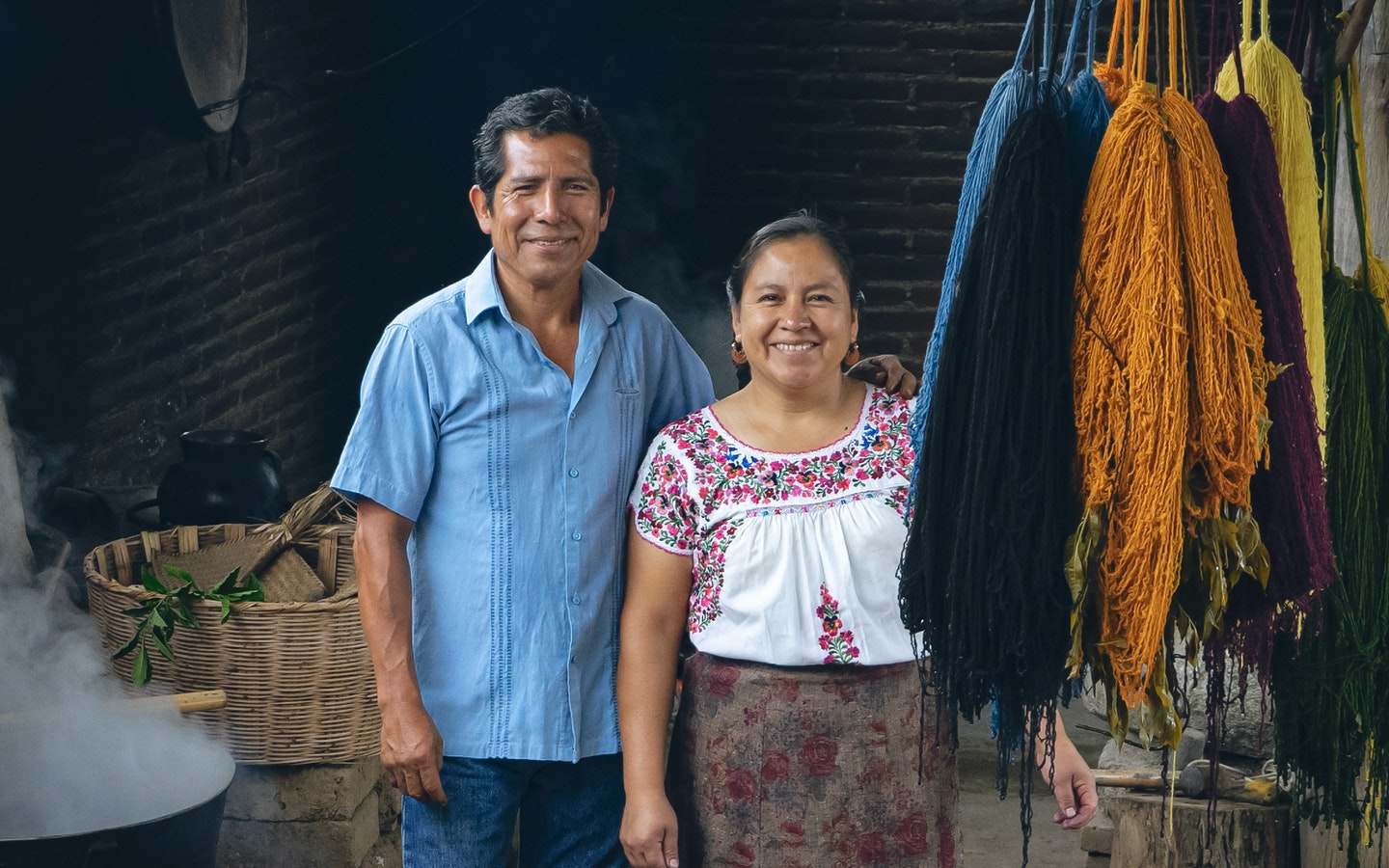 Dyeing and Weaving in the Zapotec Tradition with Jacobo & Maria
