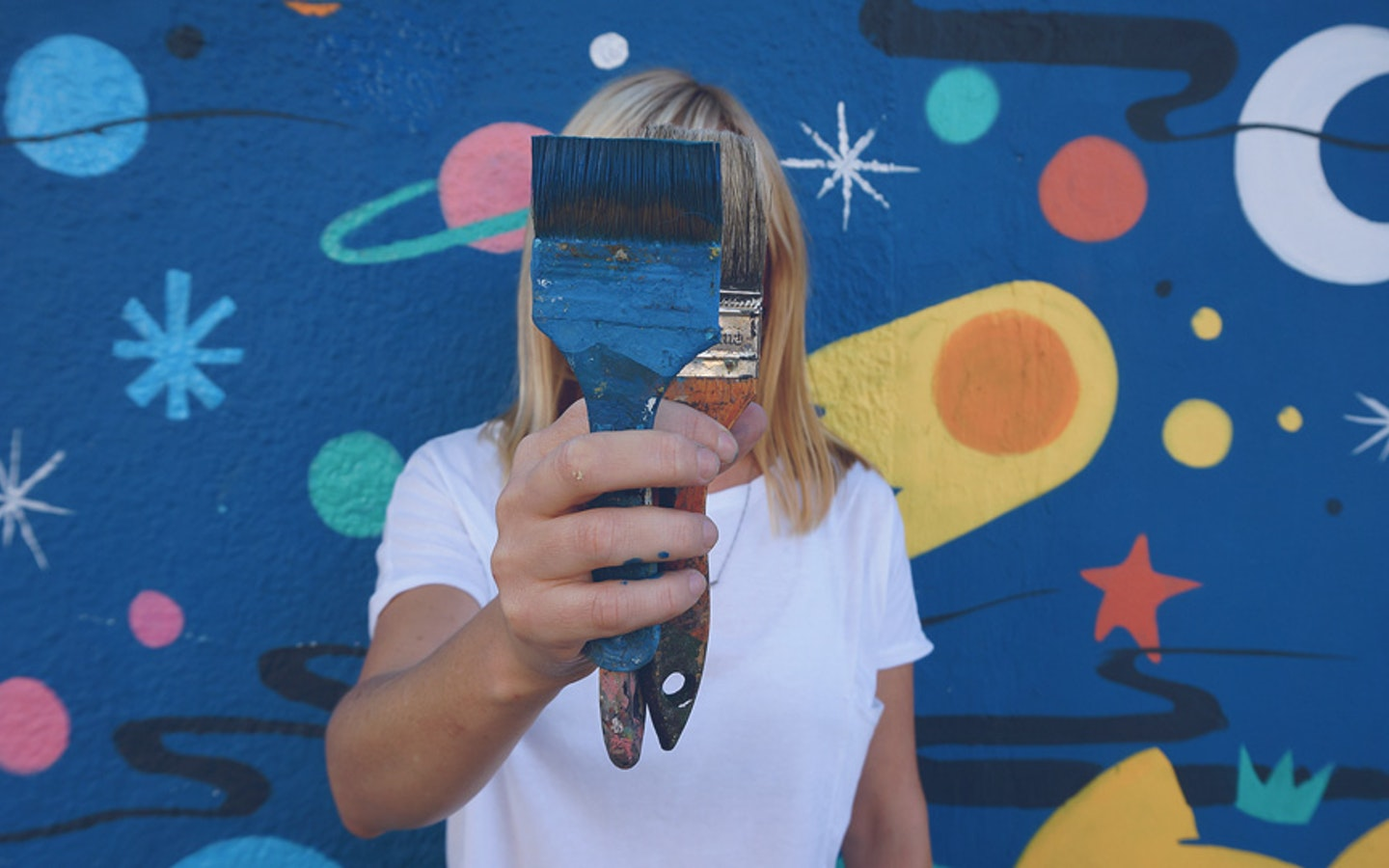 Make your own hand-painted artwork on the streets of Buenos Aires with urban art legend Pum Pum via Vacation with an Artist #creativevacations #vawaa #streetart #urbanart #buenosaires #slowtravel #wallmurals #creativity #argentina