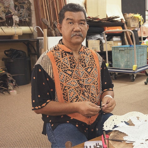 Learn leather shadow puppet making with Mohd Jufry in Malaysia.