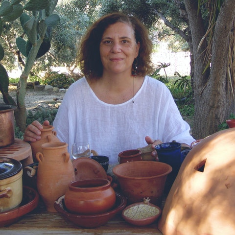 Learn historic Greek cuisine with Mariana in Greece.