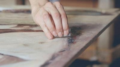 Learn encaustic painting in Philadelphia with Clarissa | Art & Travel Experience via VAWAA Vacation with an Artist #art #artist #painting #philadelphia #wax #crafts #creativevacation #vawaa