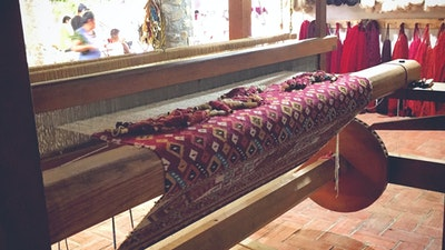 Traditional weaving techniques taught by Zapotec artisans, living in Oaxaca, Mexico. Stay and learn with them how to weave and naturally dye textiles.  #creativevacation #vawaa #travelmexico #oaxaca #creativity #naturalfabricdyeing #naturaldyes #slowtravel #cochineal #crafts #howtomake