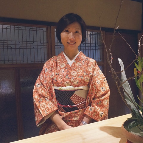 Learn Ikebana with Kimiko in Japan.