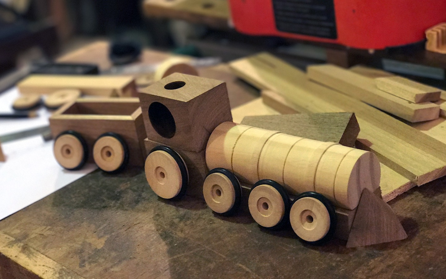 Toy train by Bruno Rovagnati during a VAWAA with toy designer Gonzalo in Buenos Aires. Courtesy of Bruno Rovagnati.