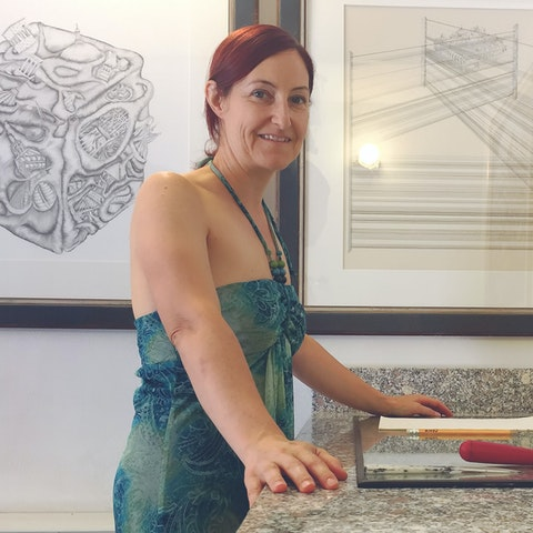 Learn the techniques of printmaking from local artist Colleen in Italy | Art & Travel Experience via VAWAA - Vacation with an Artist #printmaking #decorating #italy #travel #art #artist #design #architecture #vawaa #creativevacation