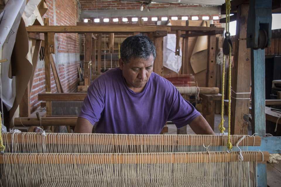 VAWAA | A Trip to Oaxaca Learning about the Zapotec Weaving and